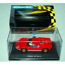 C2424 Ford GT40 MkII Scalextric Car (2003)