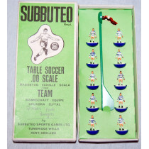Queens Park Rangers (QPR) Ref 011 Subbuteo Heavyweight (1975)